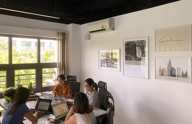 14-Working-in-a-coworking-space-in-Vietnam